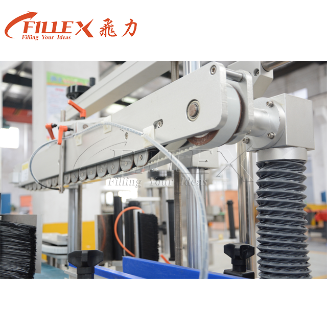 Three Labels Bottle Body And Bottle Neck Sticker Labeling Machine